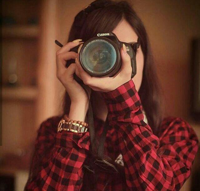 عکس پروفایل دخترک عکاس