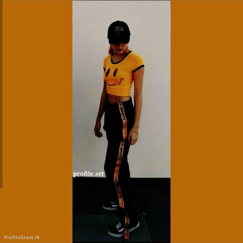 عکس پروفایل ست دختر ورزشکار با گرمکن زرد