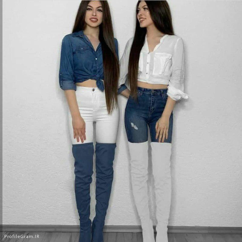 عکس پروفایل ست دخترونه دوقلو با لباس سفید و آبی