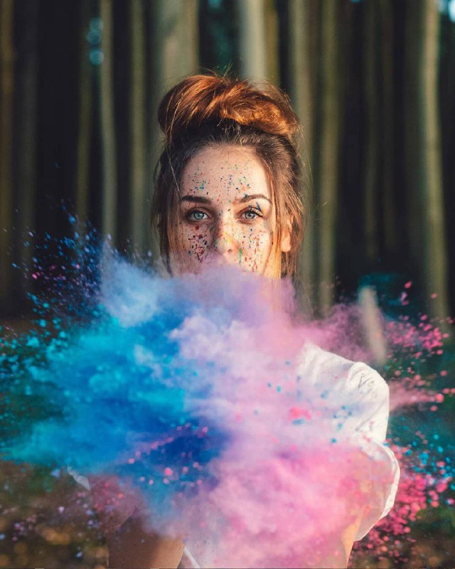 عکس پروفایل دخترونه هنری مفهومی رنگارنگ