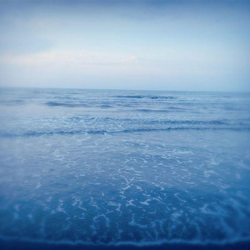 عکس پروفایل دریا آبی بی انتها