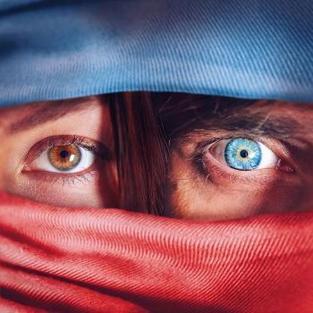 عکس پروفایل چشم های رنگی خاص