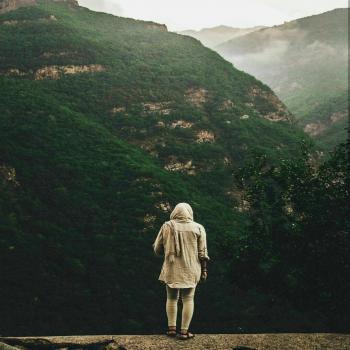 عکس پروفایل دختر و کوهستان