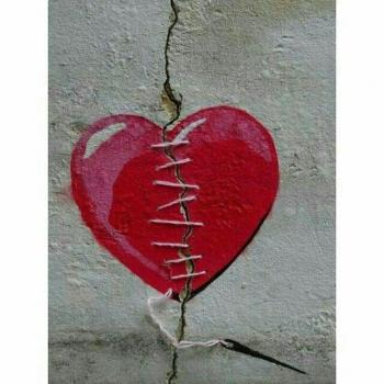 عکس پروفایل شکستن قلب