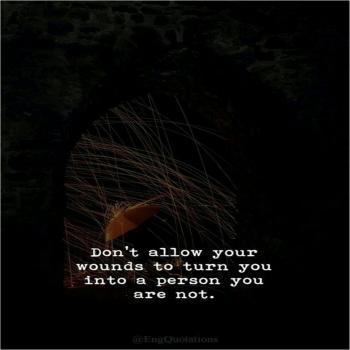 عکس پروفایل نزار زخمات تو رو تبديل به آدمی کنه که نيستی