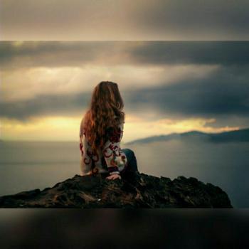 عکس پروفایل دختری در کوه ها