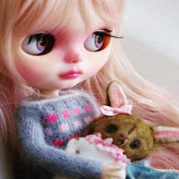 عکس پروفایل عروسک چشم قشنگ