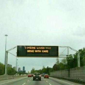 عکس پروفایل اگر تو را دوست داشته باشد با احتیاط رانندگی میکند