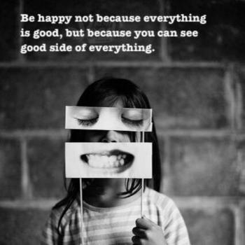عکس پروفایل خوشحال باش نه بخاطر اینکه همه چی خوبه