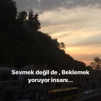 عکس پروفایل ترکیه ای انسان رو دوستـ داشتن نه ، انتظار کشیدن خسته میکنه