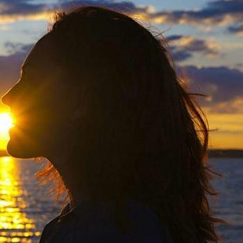 عکس پروفایل ست عاشقانه دختر در غروب آفتاب