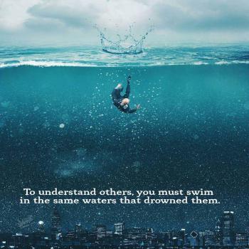 عکس پروفایل انگلیسی برای درک دیگران باید تو همون آبی شنا کنی که اونها رو غرق کرده