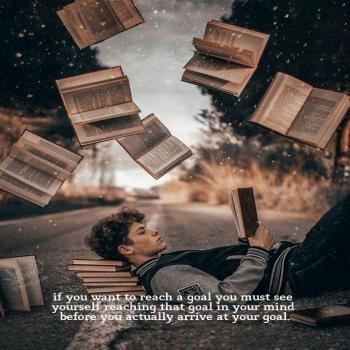 عکس پروفایل انگلیسی اگه میخوای به هدفت برسی باید قبلش تو ذهنت به اون هدف رسیده باشی