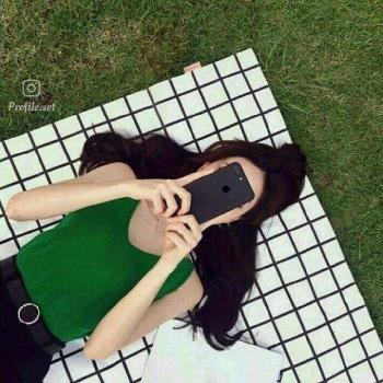 عکس پروفایل ست دخترعاشق با گوشی موبایل