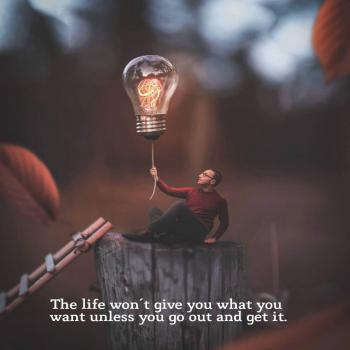 عکس پروفایل انگلیسی زندگی اون چیزی که میخوای رو بهت نمیده مگر اینکه حرکت کنی و بدستش بیاری