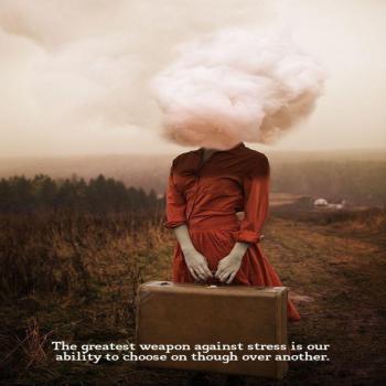 عکس پروفایل انگلیسی بزرگترین سلاح ما در مقابل اضطراب توانایی تغییر و جایگزین کردن فکرمونه