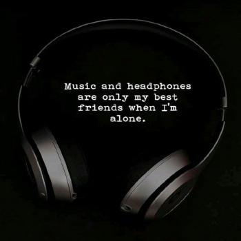 عکس پروفایل موزیک و هدفون بهترین دوستامن