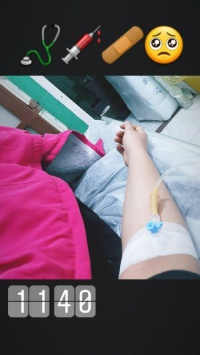 عکس استوری بیمارستانی دخترونه جالب اینستا 20755
