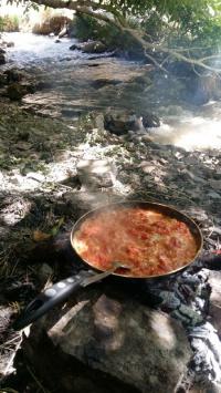 عکس استوری صبحتون بخیر با صبحانه در طبیعت