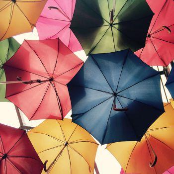 عکس پروفایل چتر های رنگی شاد