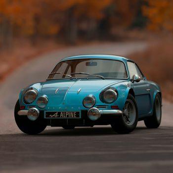 عکس پروفایل ماشین کلاسیک قدیمی آبی