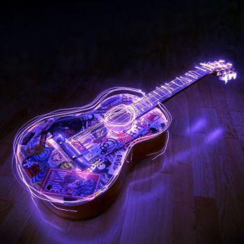 عکس پروفایل گیتار نئونی بنفش قشنگ فانتزی