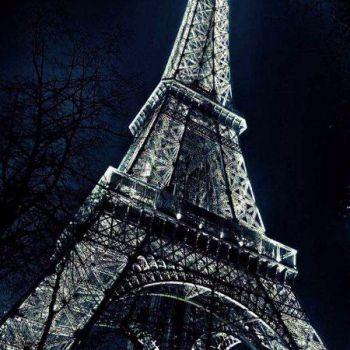 عکس پروفایل برج ایفل نورانی در شب